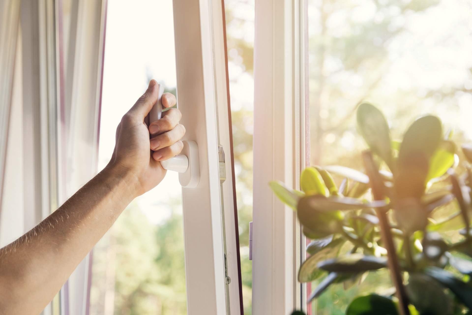 Funkčné tesnenia okien – maličkosť, ktorá vám ušetrí peniaze