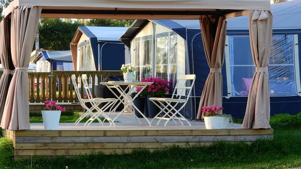 Hliniková pergola je zárukou celoročnej pohody a romantiky na terase