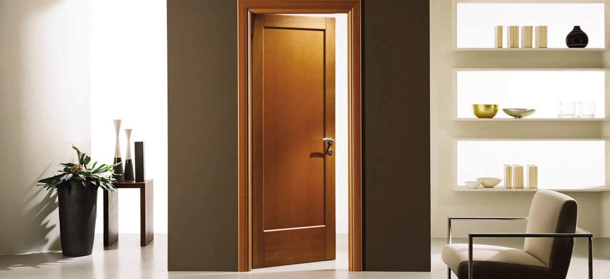 Vnútorné dvere rozhodne nepatria do exteriéru!