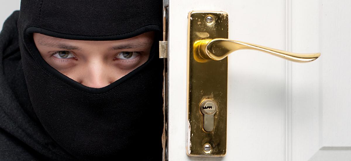 Zlodeji si nevyberajú práve tie miesta, ktoré máte zabezpečené!