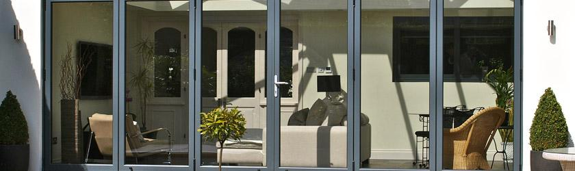 Realizácia skladacích dverí Harmonia (zatvorená poloha)