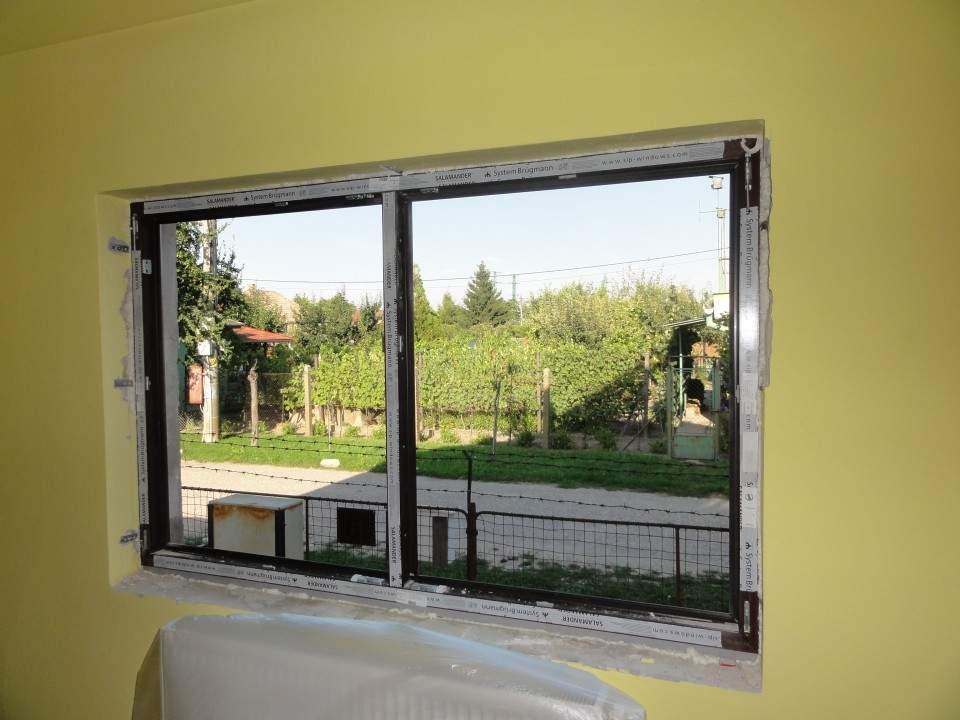 Montáž okien mahagon- Rodinný dom - Kameničná