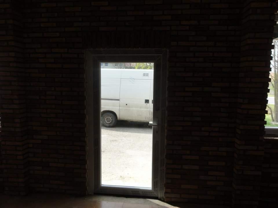 Montáž okien Motorest - Tôň