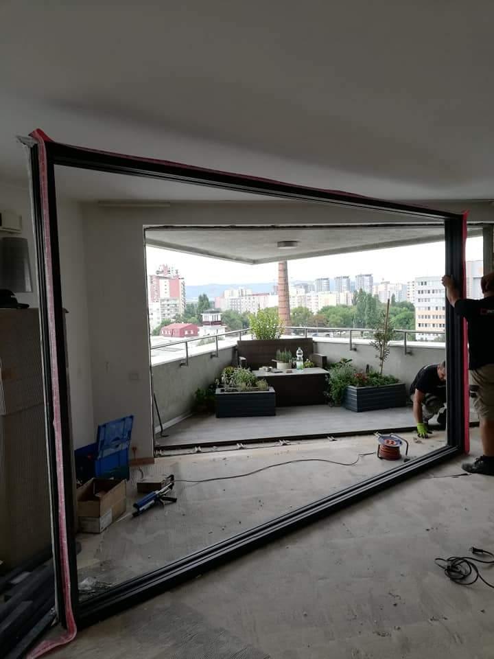 Montáž hliníkového portálu - 9. poschodie - Bratislava