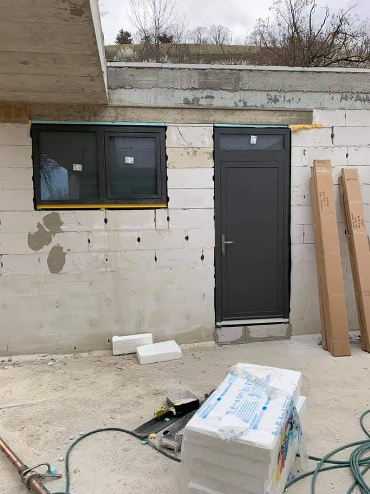 Montáž a výroba hliníkových okien a dverí - Balaton