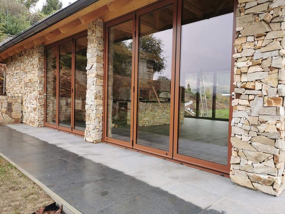 Montáž a výroba hliníkových skladacích dverí WICSLIDE 75FD